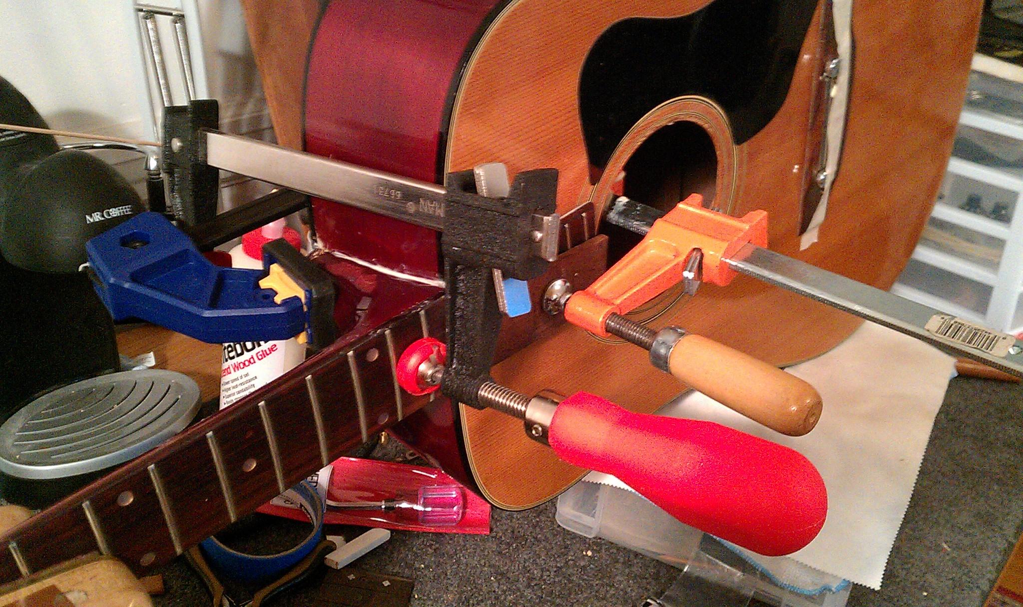 Gitárjavítás, gitárkészítés