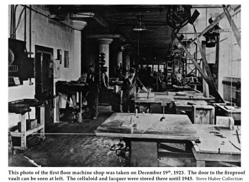 A Gibson gyár gépműhelye