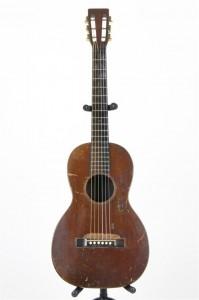 Martin O-15, 1928. Játszottam ilyenen, fantasztikusan szólt.