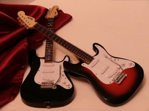 Mini Fender Stratocaster