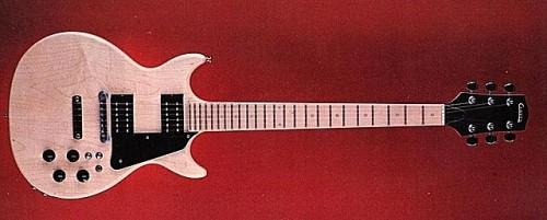 Sztereo Carvin DC150(1975). Mindkét hangszedőnek külön kapcsoló, két jack kimenet.