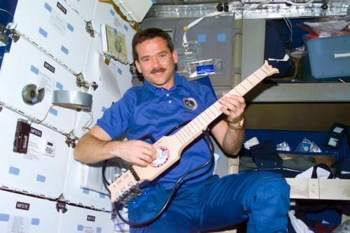 Chris Hadifeld és a SoloEtte a Mir űrállomáson