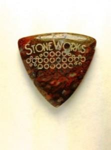 StoneWorks pengető dinócsontból
