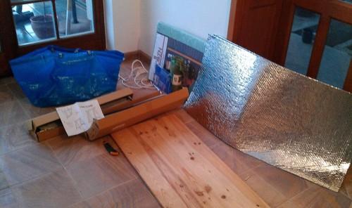 Ebből lesz az asztal: Ikea, Praktiker, Obi és a pincei maradék
