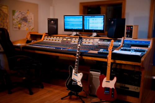 studio-photo-with-guitars-web1