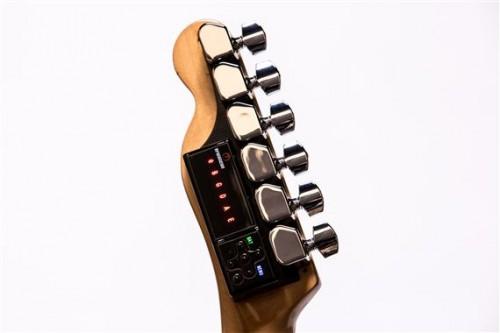 A TronicalTune egy Fender Tele fejen
